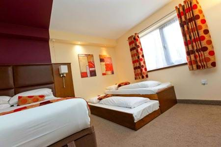 Gullivers Hotel - Accessible Accommodation
